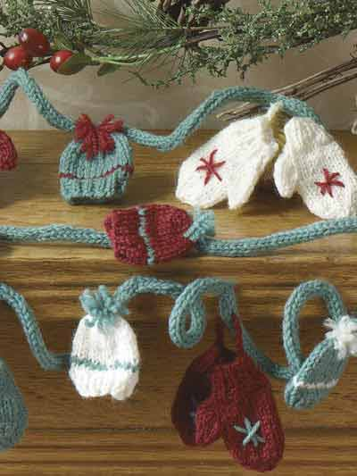Free Pattern Lacy Christmas Bookmarks
